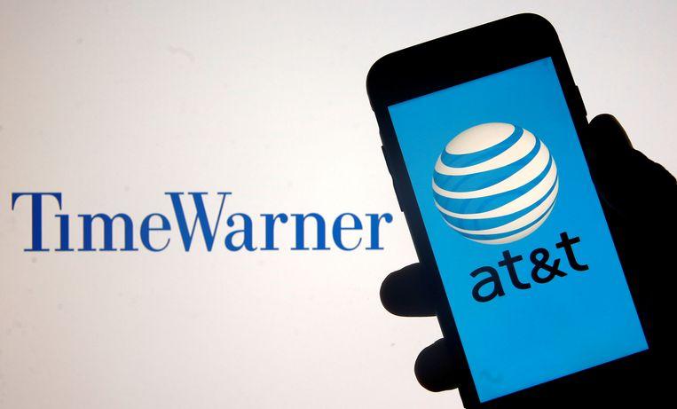 Het Amerikaanse ministerie van Justitie gaat in beroep tegen de fusie tussen telecomgigant AT&T en het mediabedrijf Time Warner. Vorige maand zette een federale rechter nog het licht op groen voor de deal ter waarde van 85 miljard dollar.