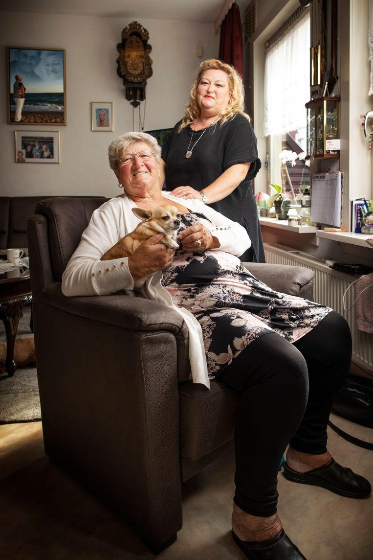 Gerda (L) en Nancy. Beeld Harmen De Jong
