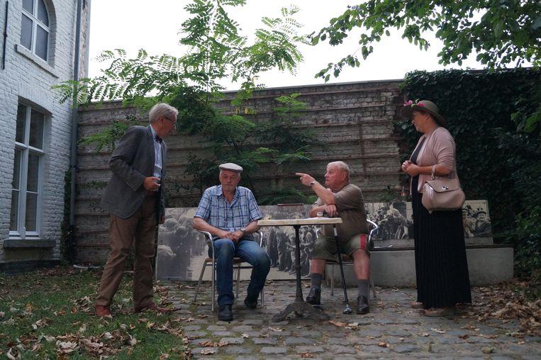 Tielt Vanessentens - Wielerlegendes Briek Schotte en Roger De Cock in discussie met elkaar