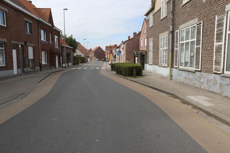Ook in de Poelkapellestraat kan het nog heel wat veiliger voor fietsers.