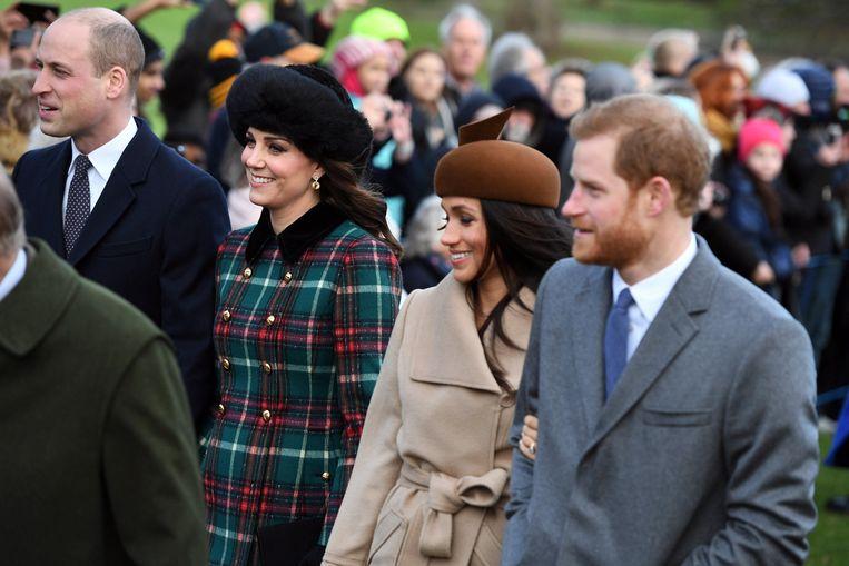 Elton John was in het verleden ook aanwezig op het huwelijk van prins William en Kate Middleton en hij verwacht nu ook een uitnodiging van prins Harry en Meghan.