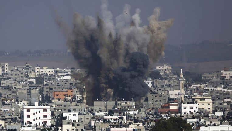 Archiefbeeld van juli 2014: een Israëlische luchtaanval op Gaza-stad.