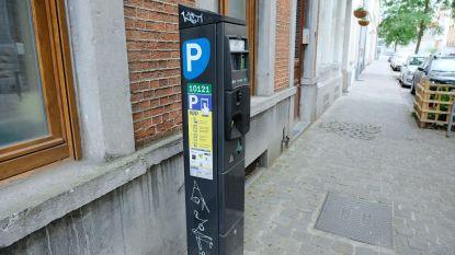 """Helft van Molenbeekse parkeermeters is defect: """"Onverantwoorde nalatigheid van de gemeente"""""""
