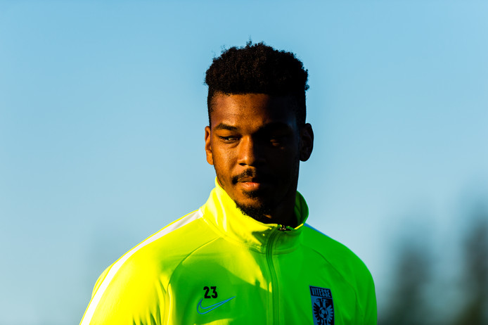 Jamal Blackman op het trainingskamp van Vitesse in Portugal.