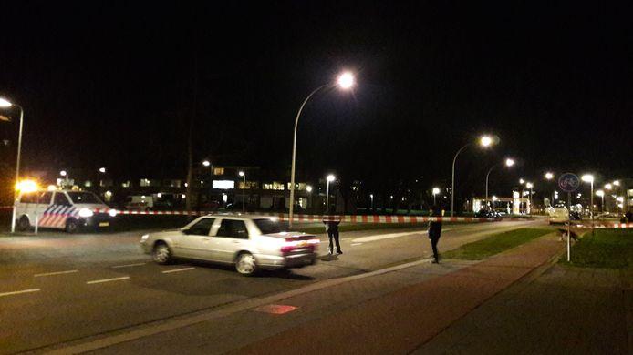 Op meerdere plekken in Zwijndrecht wordt onderzoek gedaan na schietpartijen.