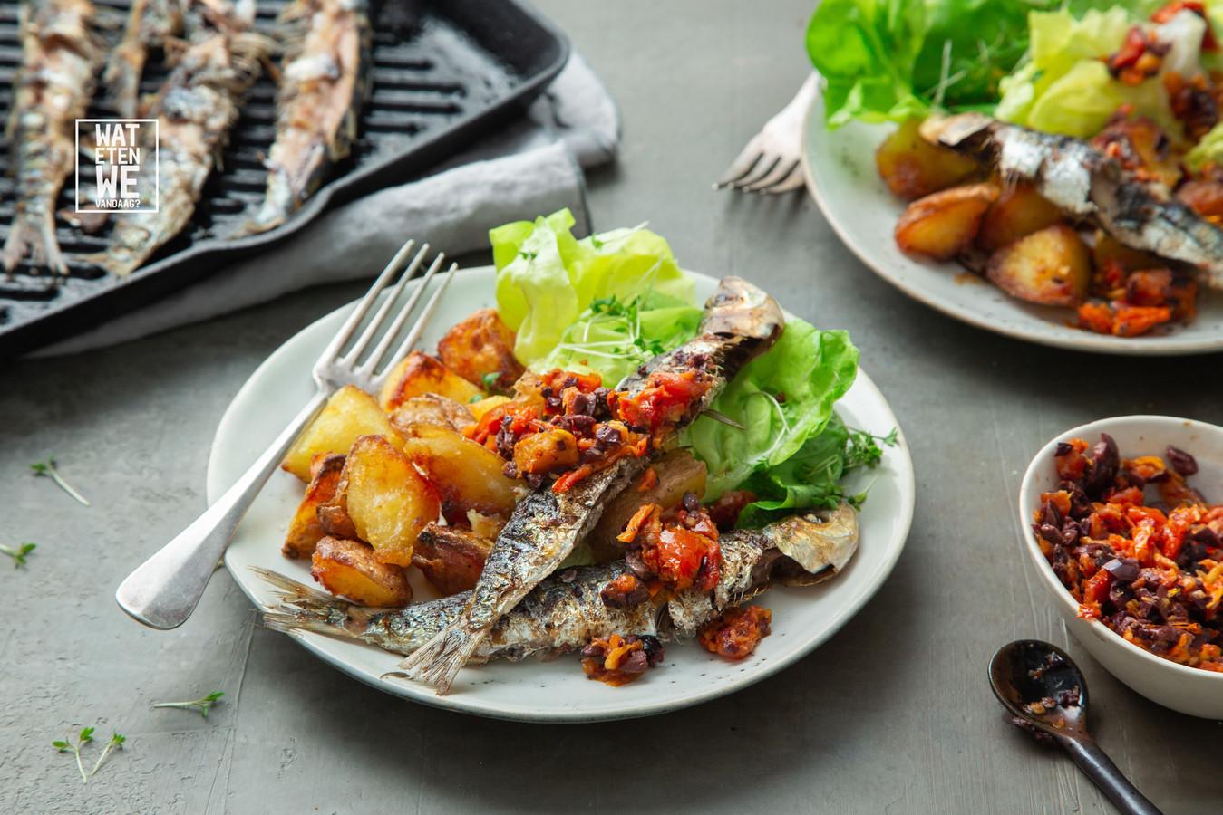 Sardines met olijvensalsa en crispy aardappels