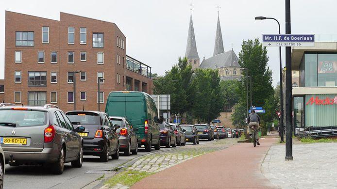 De files op de A1 zorgden ook vanavond voor drukte in het centrum van Deventer.