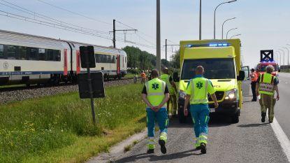 Vrouw sterft onder trein: vier reizigers met bus naar Kortrijk gebracht
