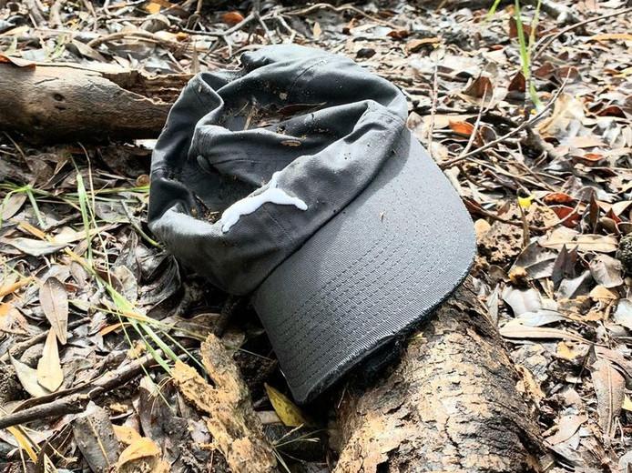 La casquette retrouvée non loin de l'endroit où a disparu Théo Hayez.