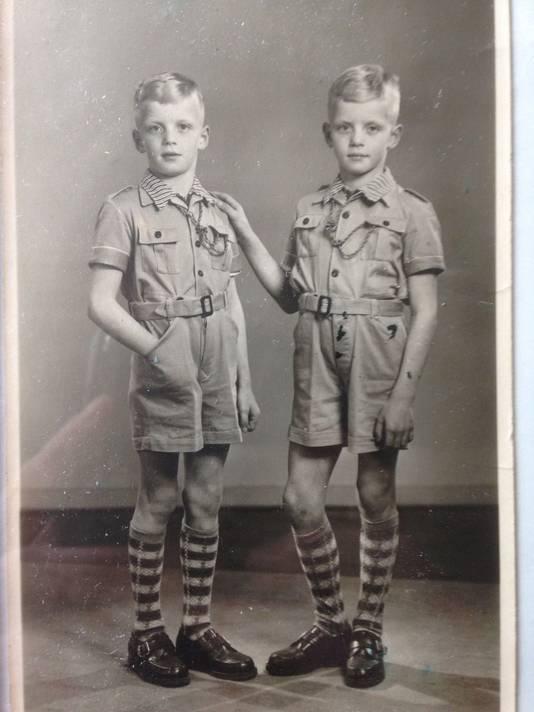 John en Harry van Beusichem op jonge leeftijd