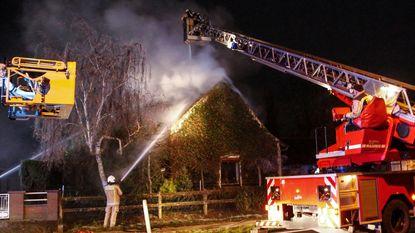 Kachelbrand vernielt deel van woning