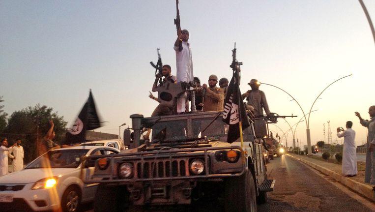 Aanhangers van Islamitische Staat in Mosul, Irak.