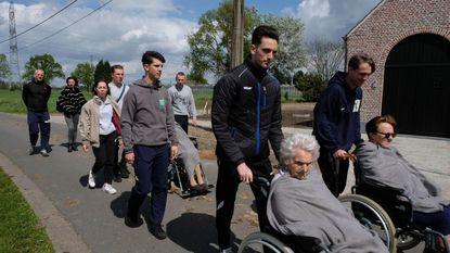 Leerlingen organiseren sportdag voor senioren