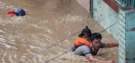 Au moins 17 morts dans des coulées de boue au Népal, 870.000 personnes touchées en Inde