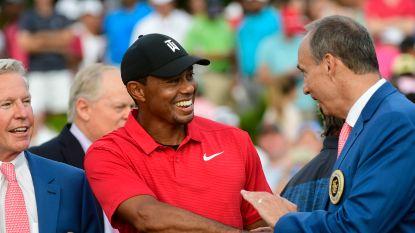 """Golflegende Tiger Woods pakt eerste toernooizege in 1.876 dagen: """"Het kostte moeite om niet te huilen"""""""