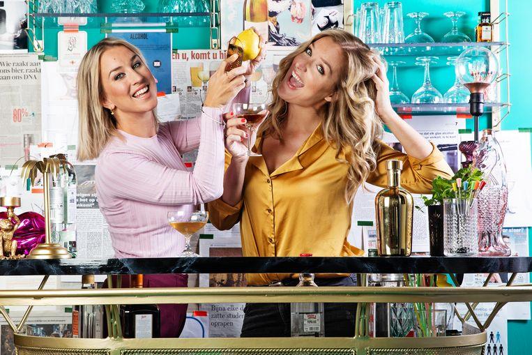 In 'Tipsy' onderzoeken Kat en Lyn Kerkhofs proefondervindelijk wat alcohol met je lichaam doet.