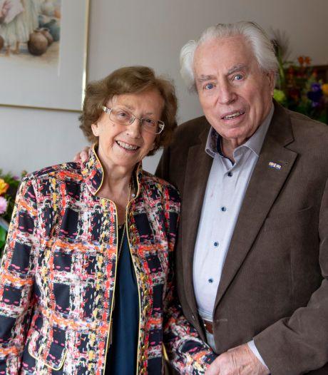 Gerrit uit Nijverdal had al een tijdje een oogje op Siny en nu is ze 65 jaar zijn vrouw