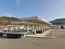 Vakantieruzie: man laat vrouw achter bij tankstation, rijdt 900 km terug naar huis