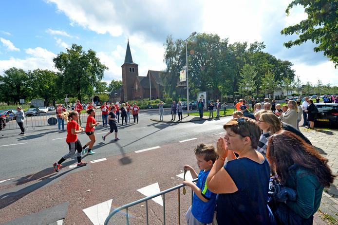 In totaal deden 2662 deelnemers mee aan de 5 Engelse Mijl van de Singelloop Enschede.