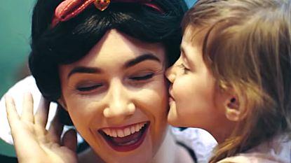 Verborgen camera: zo reageren kinderen wanneer ze plots hun helden ontmoeten in Disneyland