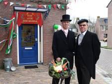 Jan en Jos zijn eindelijk hét boerenbruidspaar in Cuijk...en ook het laatste