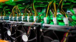 Bitcoinbeurs weigert nieuw paswoord, dus stuurt Zweed bombrief