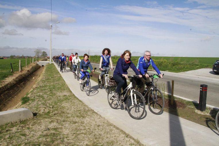 Heel wat fietsers daagden op om het fietspad in te rijden.