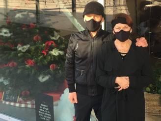 """Kapper Youri protesteert met zwart lint: """"Een bezoekje aan de kapper had voor velen een lichtpuntje kunnen zijn"""""""