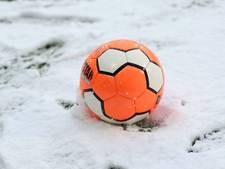 Sneeuw zit bekerduel Hatert en AWC dwars