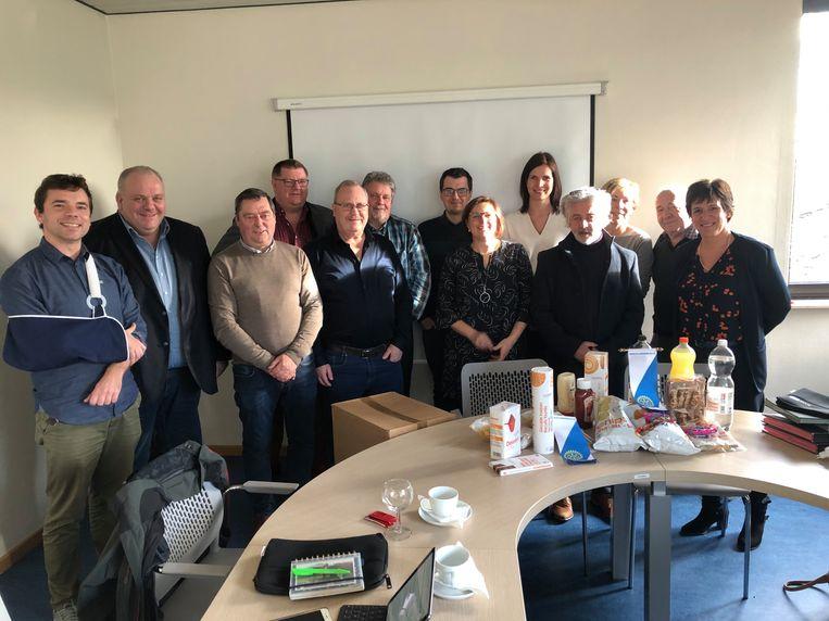 Rotaryclub Ninove-Dendervallei schenkt voedselpakketten aan Sociaal Huis Ninove