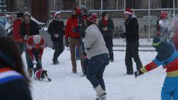 Kom naar sneeuwballengevecht in Kortrijk