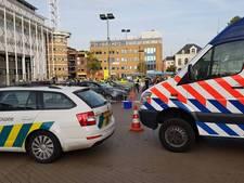 Politie haalt ruim 50.000 euro op tijdens grote controle op Marktplein Apeldoorn