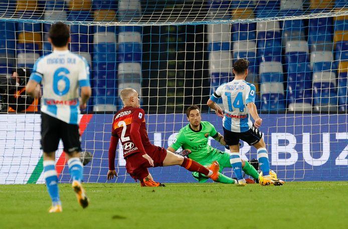 Mertens zette de 3-0 op het bord tegen Roma.