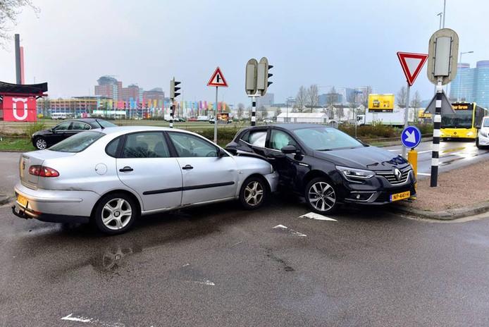De ravage die werd aan aangericht door een dronken automobilist in Utrecht.
