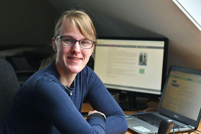 Natalie Kramer (25) heeft sinds 6 jaar actie gevoerd om Fibromyalgie als ziekte erkend te krijgen.