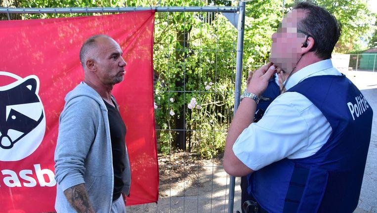 De vriend van slachtoffer Sarah Palaisy, Diego Justin, snelde gisteren meteen naar Pulobar om verhaal te halen.
