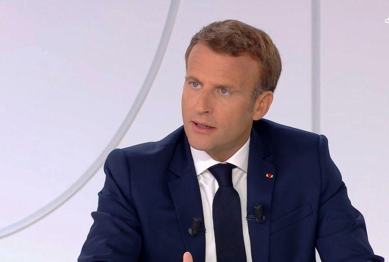 De Franse president Emmanuel Macron tijdens een televisie-interview ter gelegenheid van de Franse nationale feestdag.