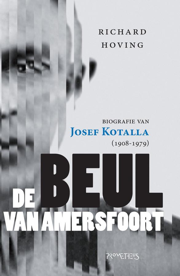 Vandaag verschijnt de biografie van Kotalla. Zaterdag in bijlage Z: Richard Hoving over de zoektocht naar een Duitse beul.