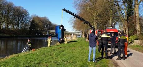 Wildwestachtervolging in Delden eindigt in Twentekanaal