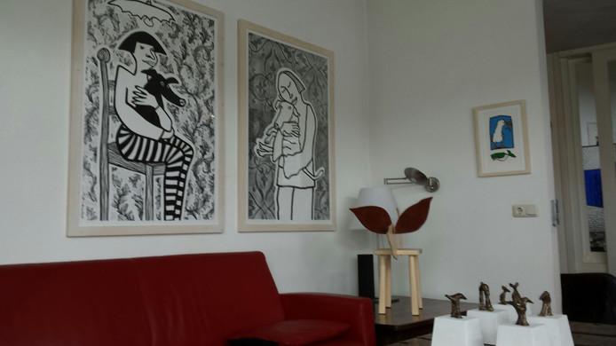 Kunst van Titi Zaadnoordijk in een woning aan de Burgwal tijdens Weg van Kunst in Kampen.