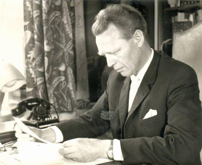 Dokter Albert Smulders, de initiatiefnemer van de Bergeijkse VVV in 1962.
