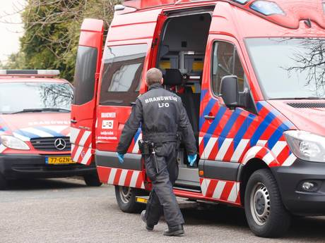 Buurtbewoners ruiken vreemde lucht, politie vindt werkend drugslab in Eindhoven