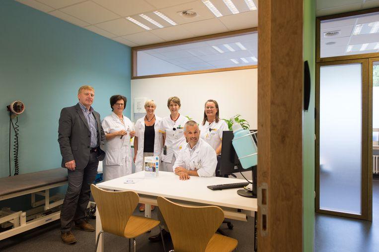 De medewerkers in hun vernieuwde diabetesafdeling.