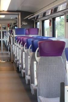 Elektrische Flirt-trein rijdt eerste testritten tussen Zwolle en Wierden
