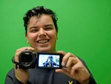 Jayden Hauber (14) uit Haaksbergen is dol op z'n camera