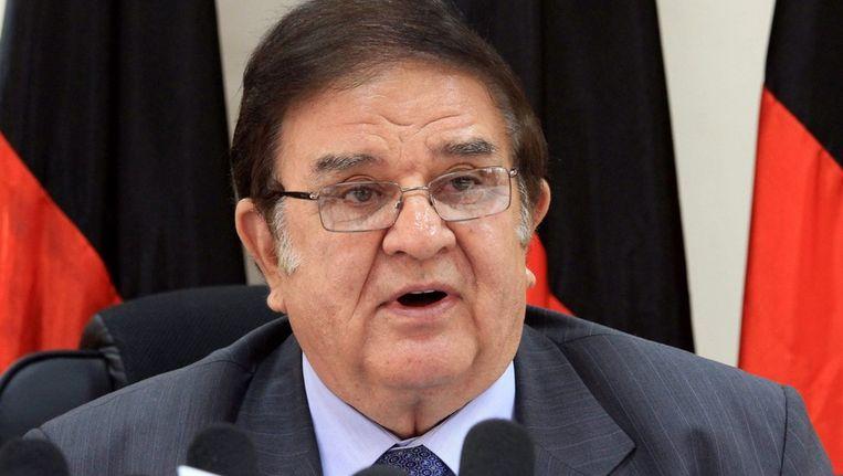 De Afghaanse defensieminister Wadrak tijdens een persconferentie vandaag. Beeld epa