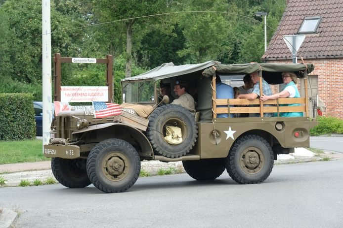 Je zal er historische legervoertuigen kunnen spotten