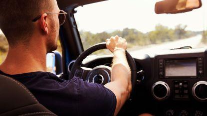 Niet vrouwen, maar jonge mannen blijken de slechtste chauffeurs