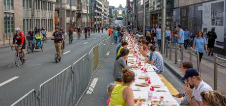 Pleidooi voor autoloze zondag in Arnhem: 'Fotosessie op de Rijnbrug lijkt me mooi'