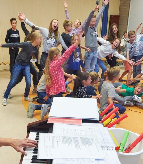 Kinderen van De Octopus in Boekel oefenen voor tv-debuut